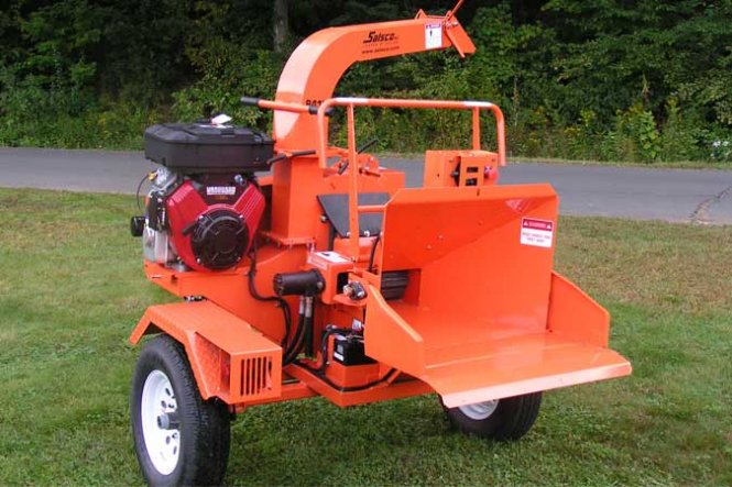 84 SERIES HYDRAULIC FEED CHIPPERS