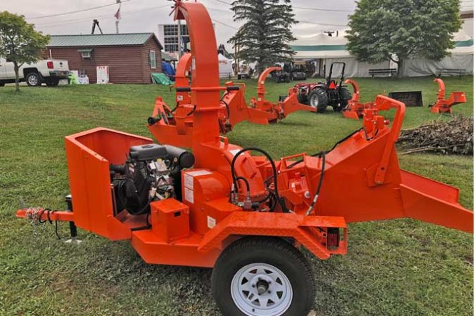 62 SERIES HYDRAULIC FEED CHIPPERS